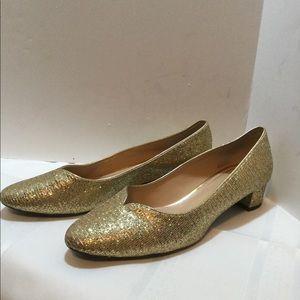 J.Renee size 12M gold glitter block heel